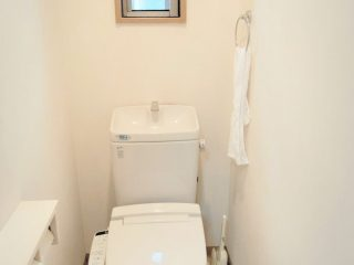 トイレ--1